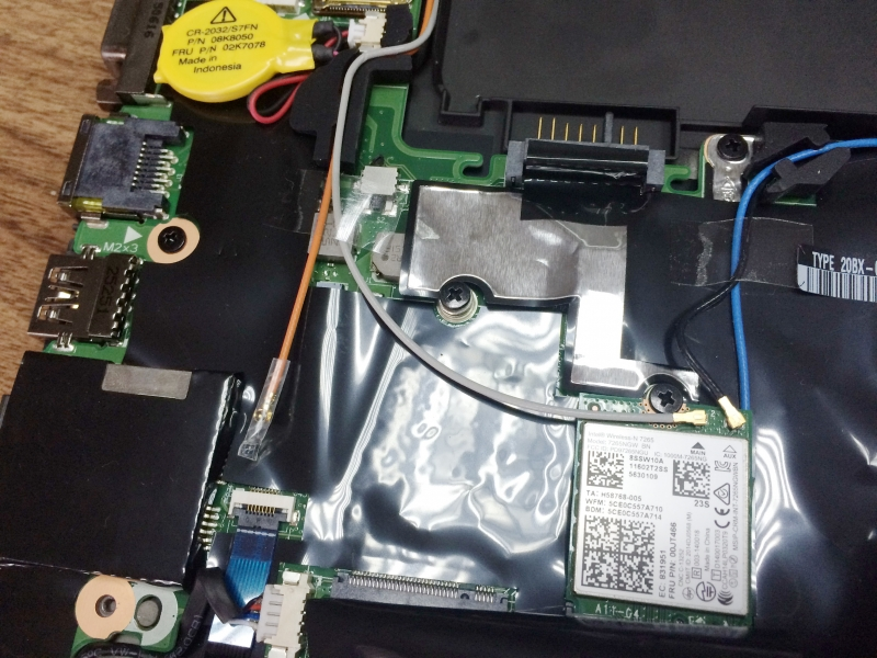 Lenovo ThinkPad T450s Disassembly and RAM, HDD, SSD upgrade options