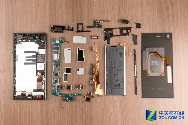 Sony XZ Premium Teardown