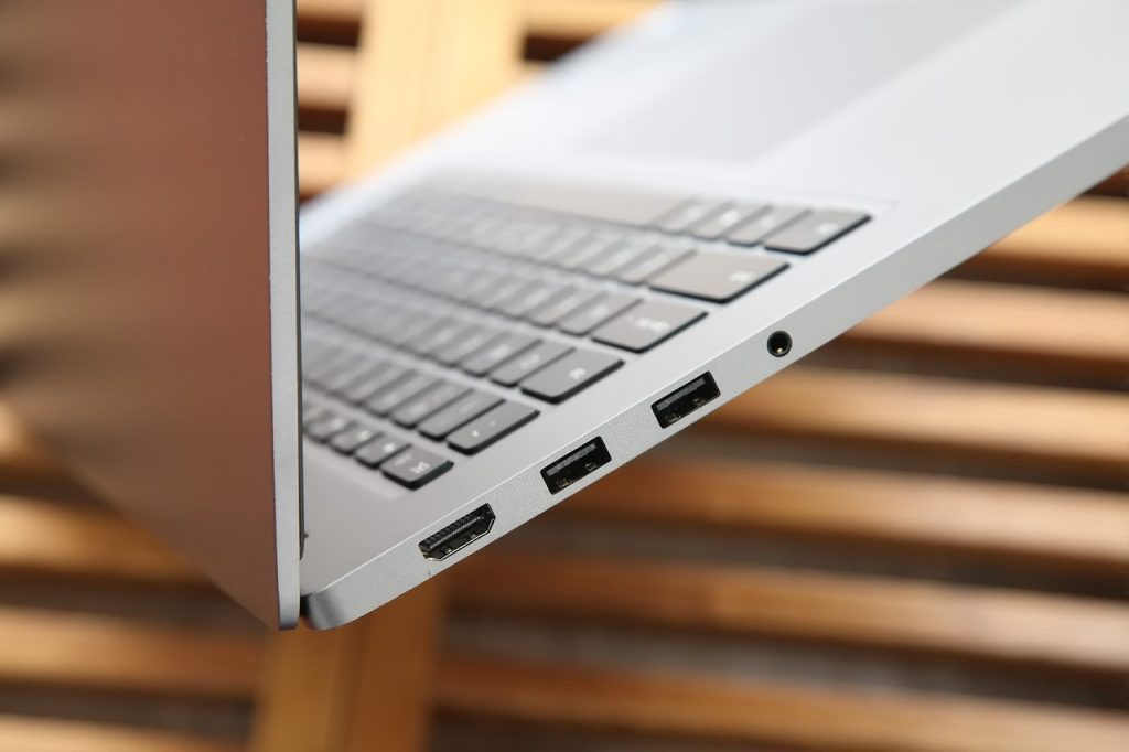 Xiaomi Mi Notebook Pro HDMI interface, USB 3.0 interface, power interface