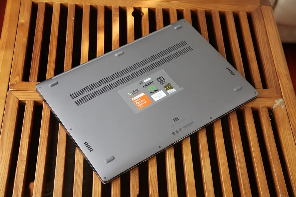 Xiaomi Mi Notebook Pro rear