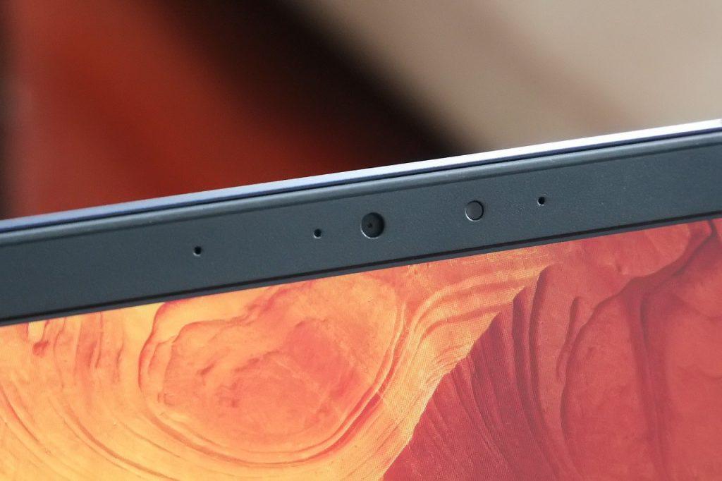 ASUS ZenBook UX430UQ webcam