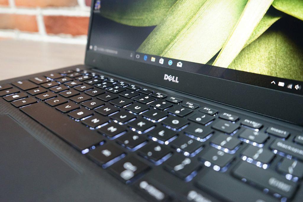 Dell XPS 13 9360 backlit