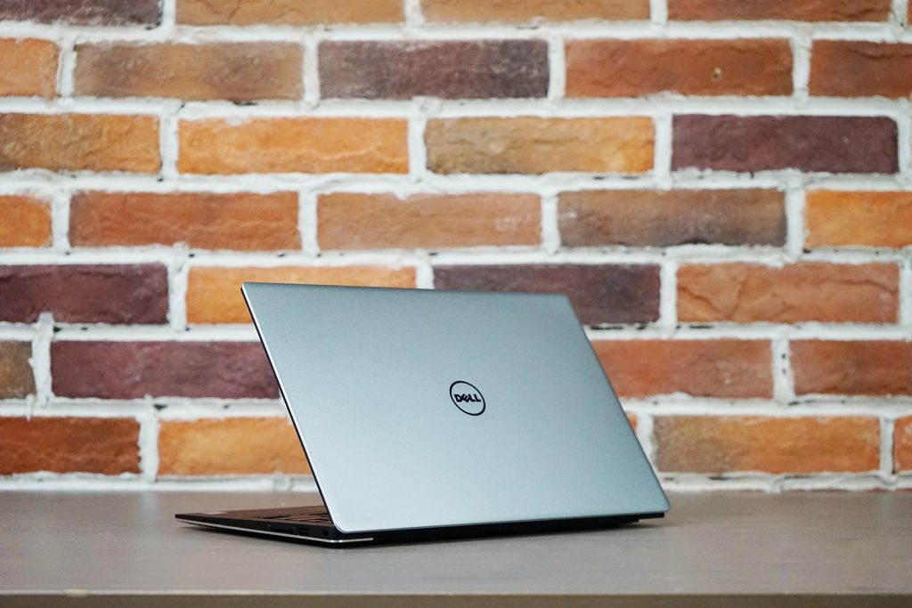 Dell XPS 13 9360 front cover