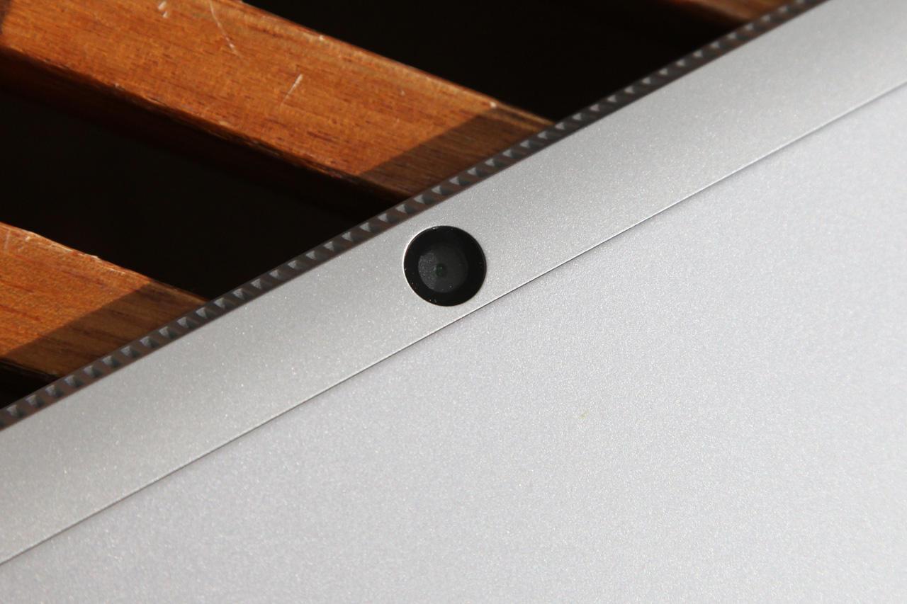 Lenovo Miix 520 back camera 1