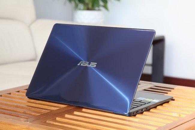 ASUS Zenbook 13 UX331UN appearance