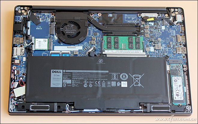 Dell Latitude 7390 internal picture